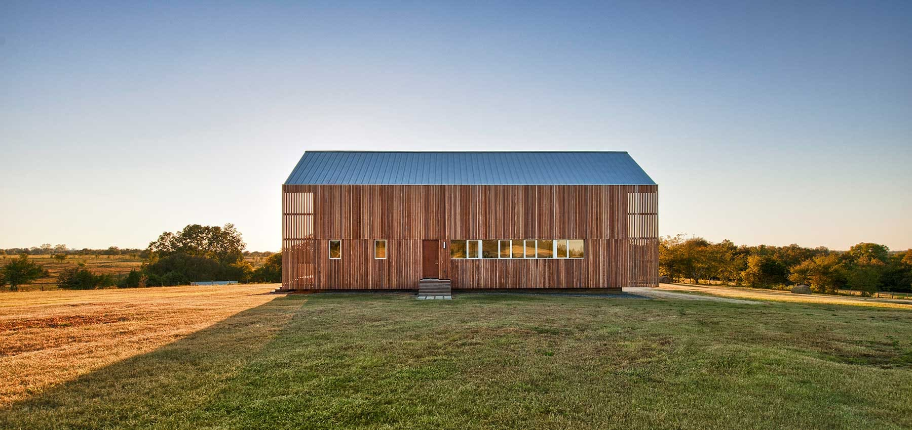 Metal building homes for sale for Metal barn home kits