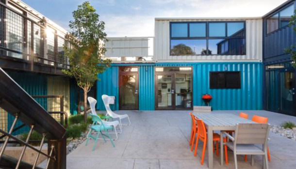 Our 3 favorite prefab shipping container home builders for Hive container homes