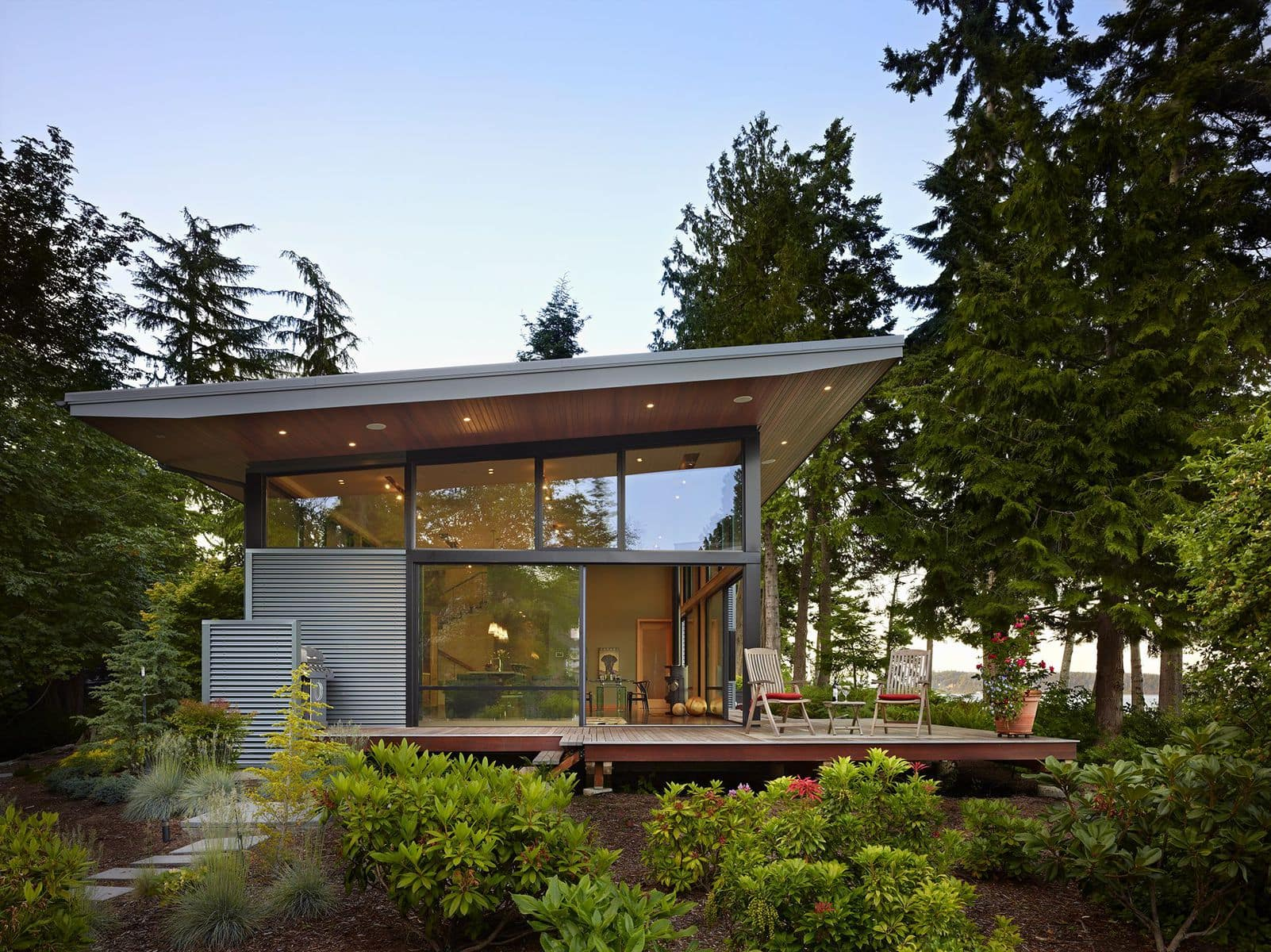 PORT LUDLOW: A sustainable residence by FINNE Architects.