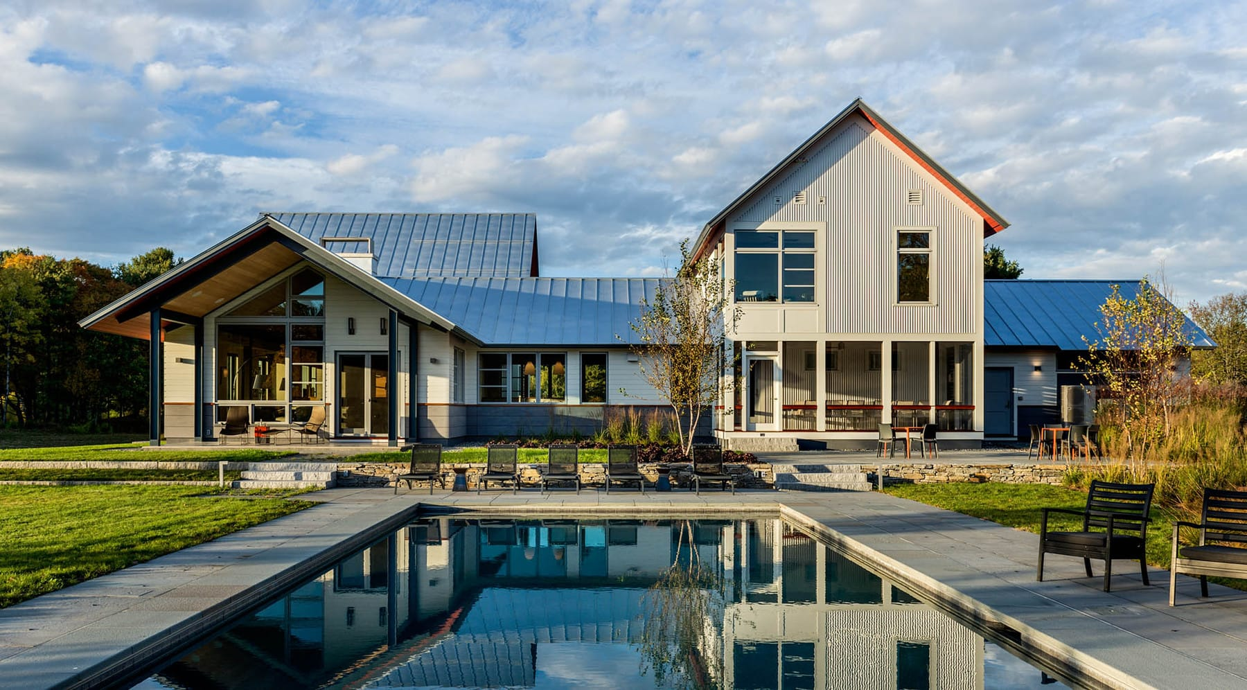Smith And Vansant Architects The Modern Meadow Retreat