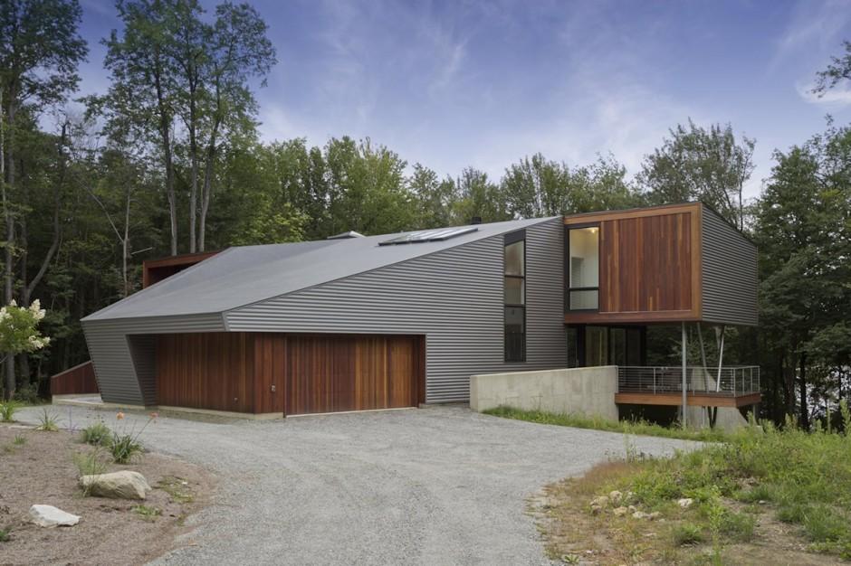 Metalic modern house