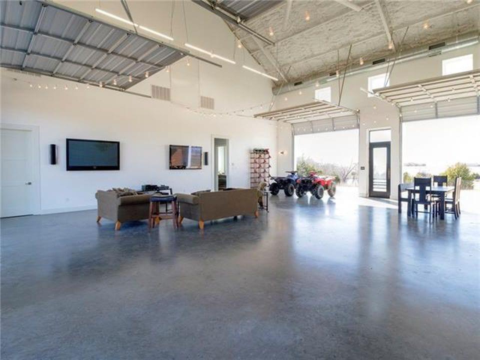 Metal Barn Homes >> Rockwell, TX (4600 sq ft & 12 acre) Barndominium For Sale - MetalBuildingHomes.org