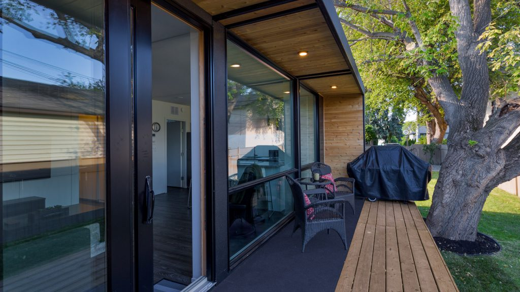 H03 porch