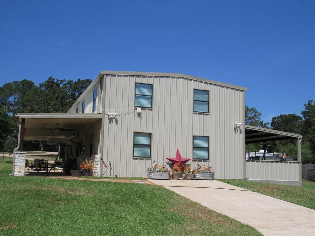 Brenham Texas Barndominium For Sale