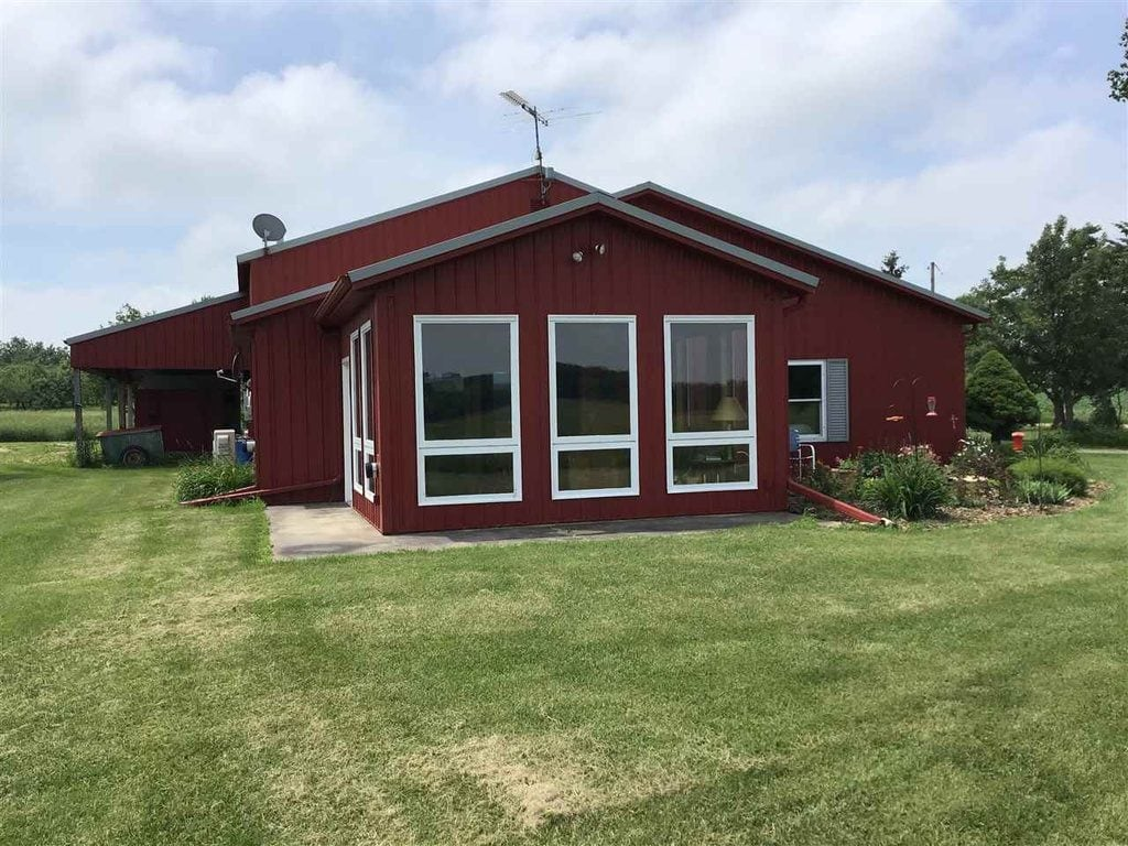 Omro Wi 74 Acre 2bed 1 Bath Barndo Metal Building Homes