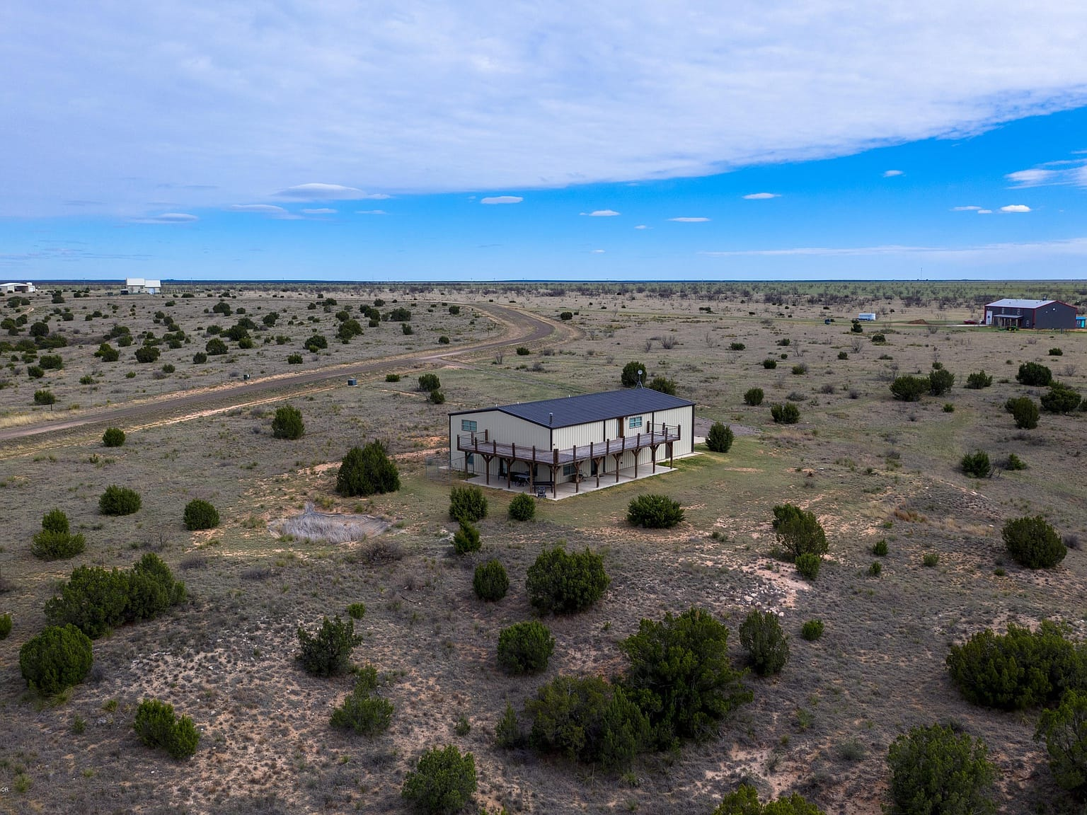Amarillo, Texas 7+acres 2,929sqft 3bed 3bath barndo