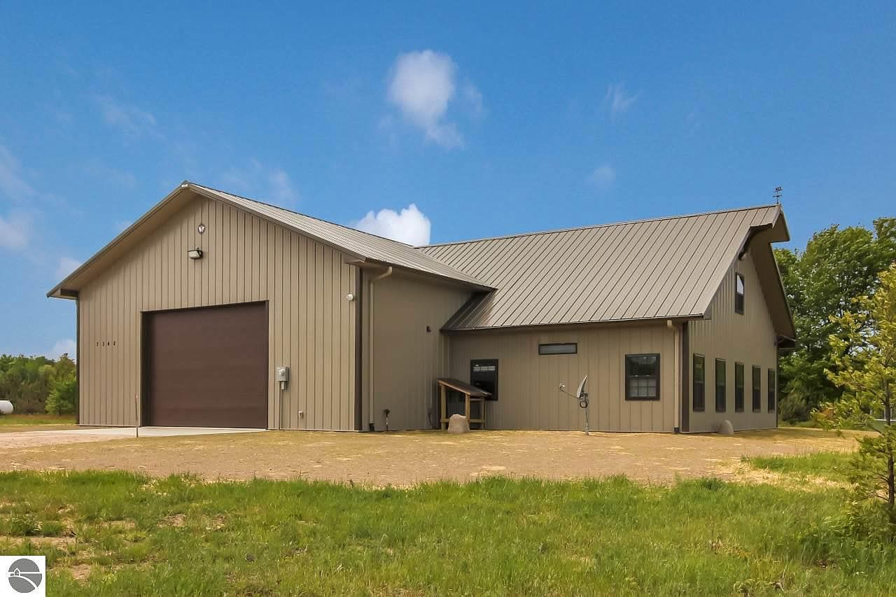 Michigan Barndominium For Sale