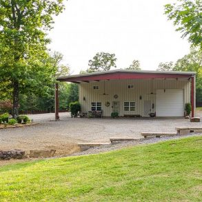 Fort Smith, AK Barndominum For Sale