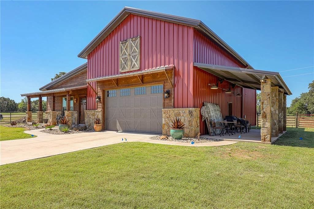 Palo Pinto Texas Barndominium House For Sale
