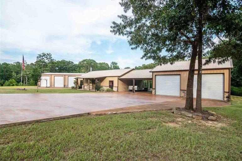 Brookeland Texas Barndo