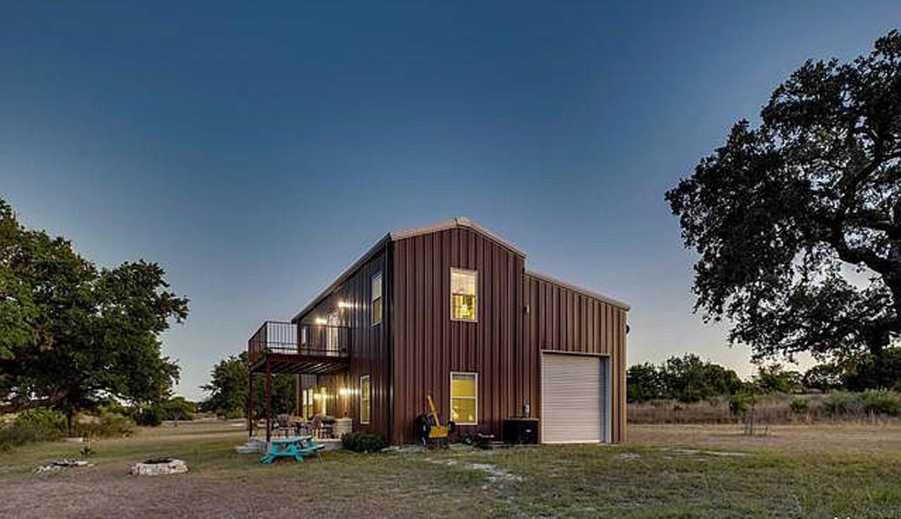 Bridlegate Ranch Barndo For Sale