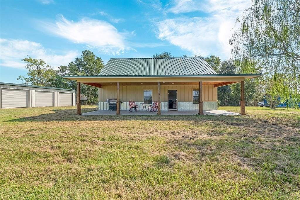 China TX Barn House For Sale
