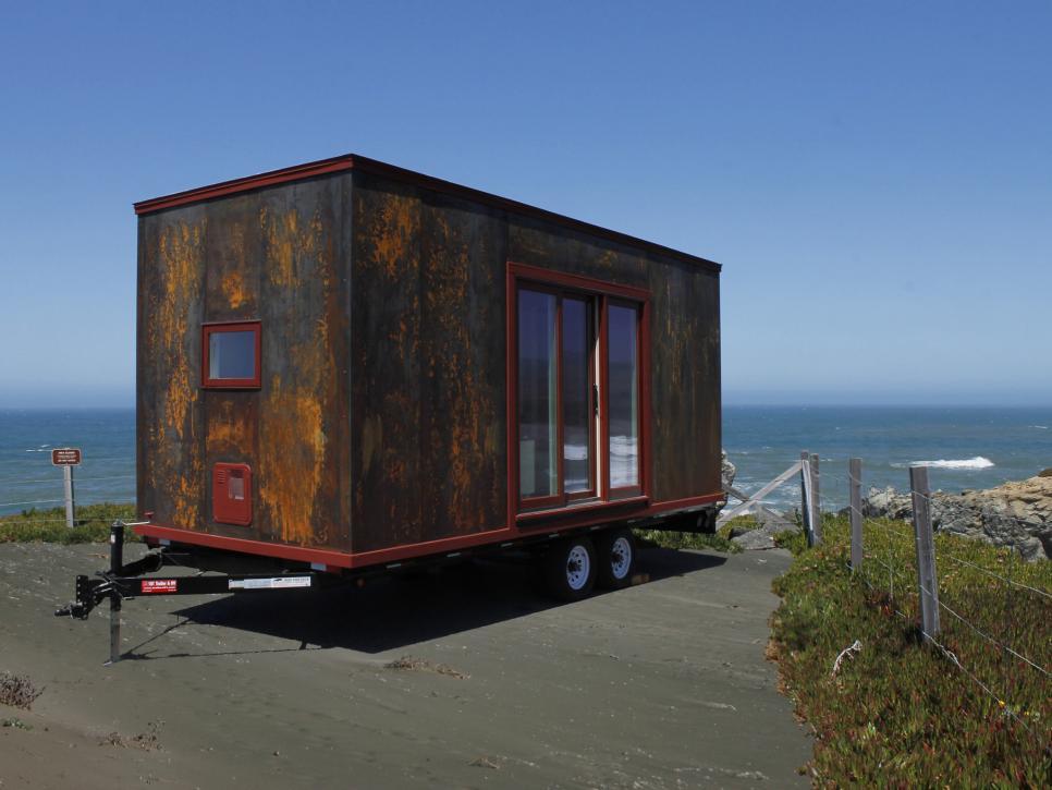 metal tiny home on wheels