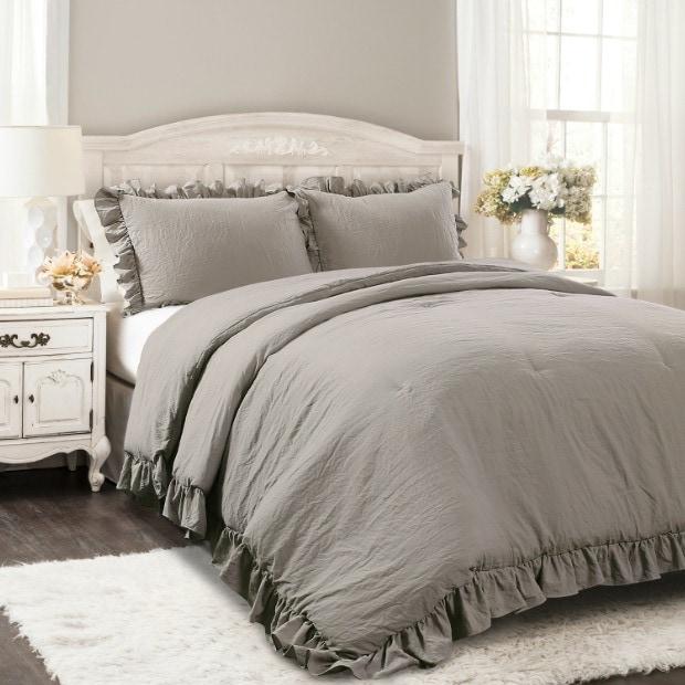smoky comforter