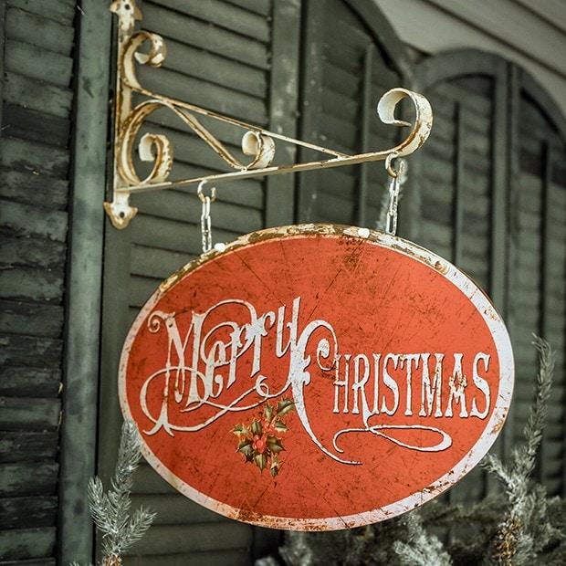 Vintage Merry Xmas Tin