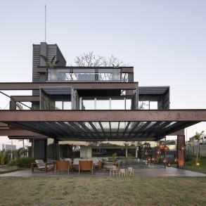 Laif Shipping Container House by bauen architects