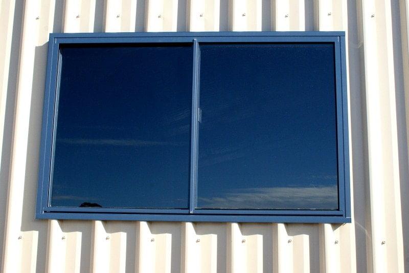A guide to choosing & installing metal building windows