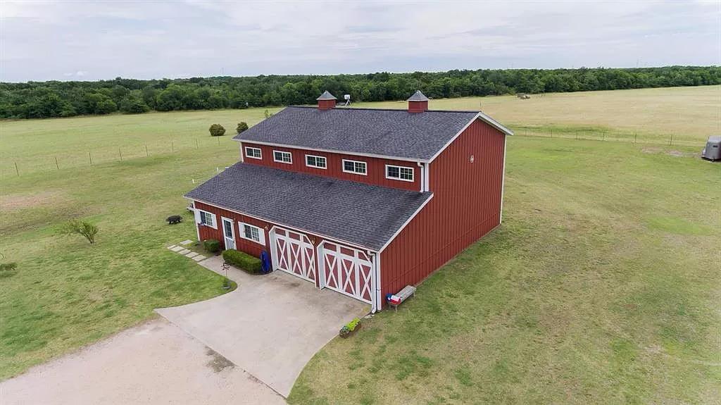 Royse City, Texas Morton Building Barndo