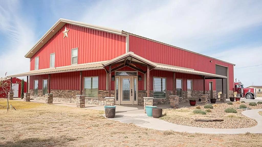 Seminole, TX Red Barndo For Sale