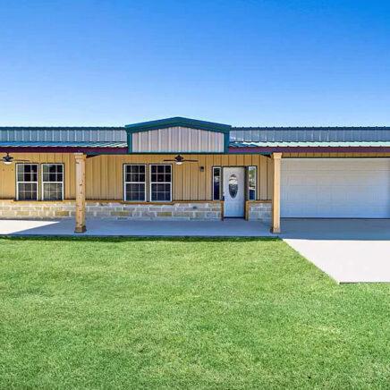 Cleburne, TX Metal Home
