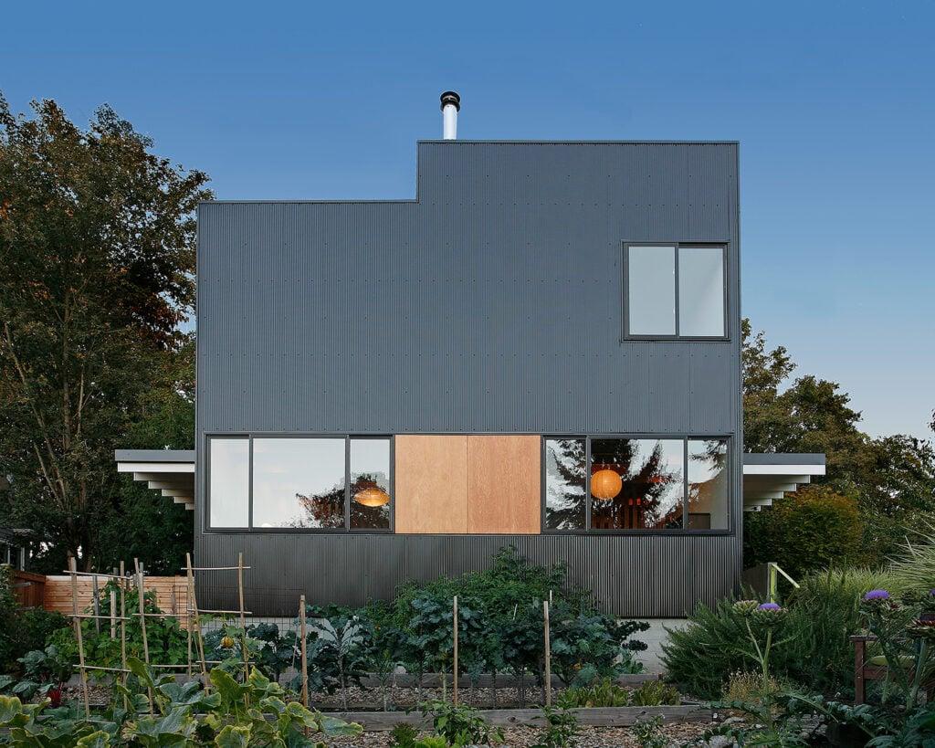 urban farmhouse 9