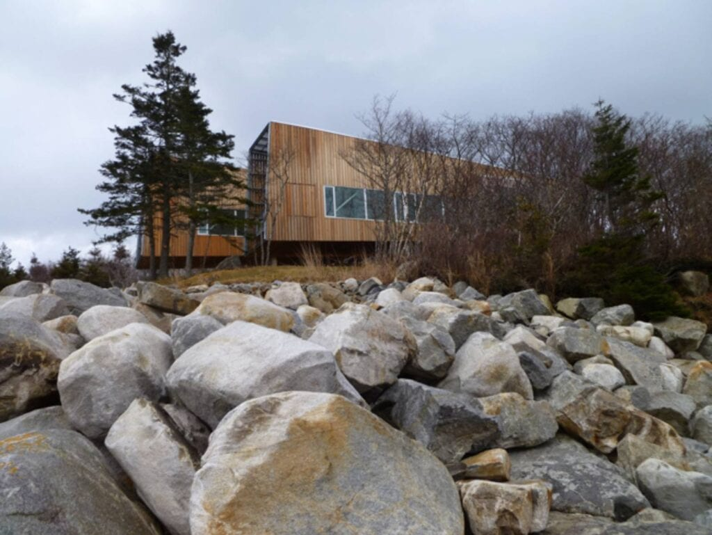 Two Hulls House 3
