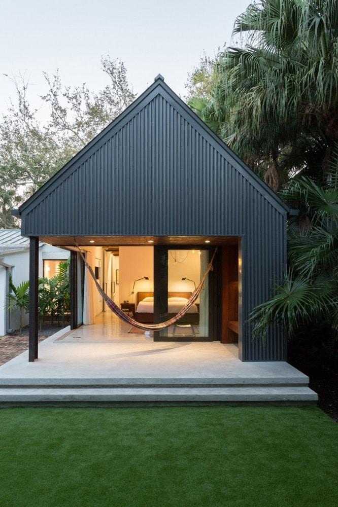 metal building bungalow